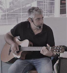 Eclipse live music presta servicio en la subcategoría de Orquestas, cantantes y grupos en Santa Cruz de Tenerife