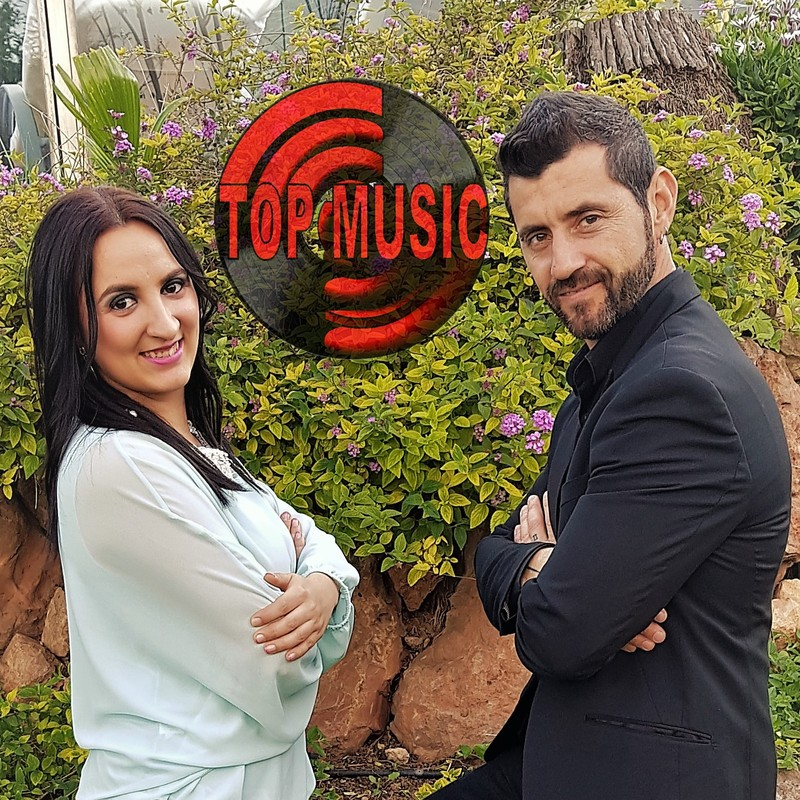 Duo Top Music Maxi y Maria