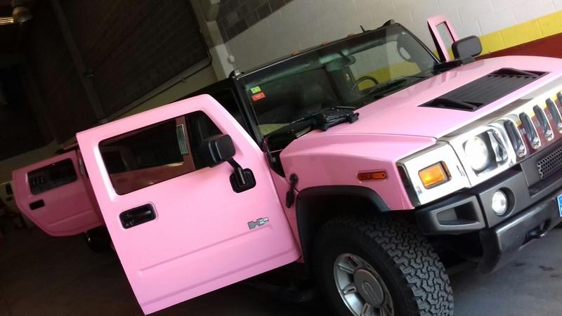 Hummer rosa exterior