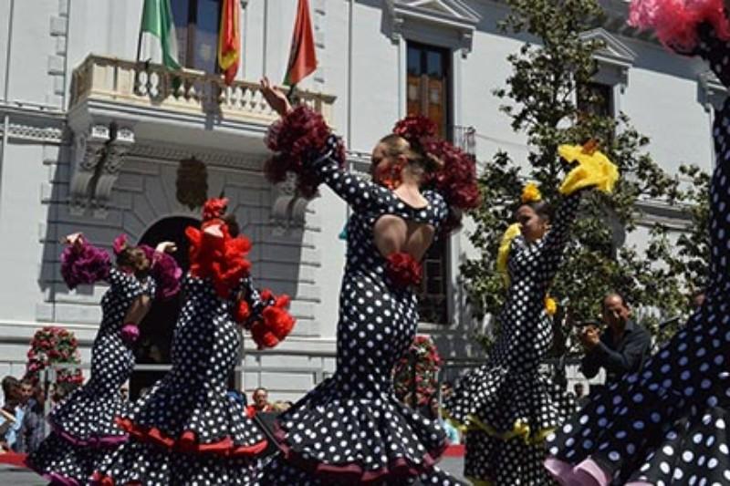 GRUPO DE FLAMENCO AIRES DEL SACROMONTE DE MARIQUILLA