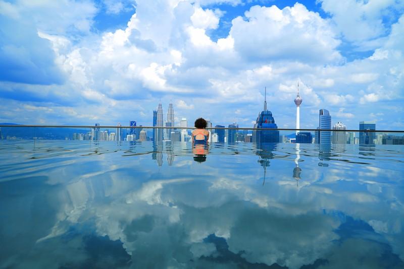 Spot Infinity Pool Regalia Residence KUALA LUMPUR