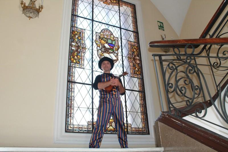 Musica, teatro, circo, talleres y todo para que los niños disfruten.