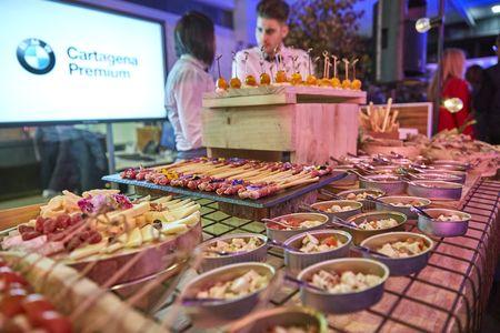 CON PICO FINO EVENTOS presta servicio en la subcategoría de Catering bodas en Murcia