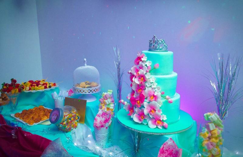 Tartas y Fiestas de 15 Cumpleaños