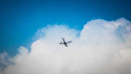 Dronde presta servicio en la subcategoría de Video y fotografía con drones en Valencia