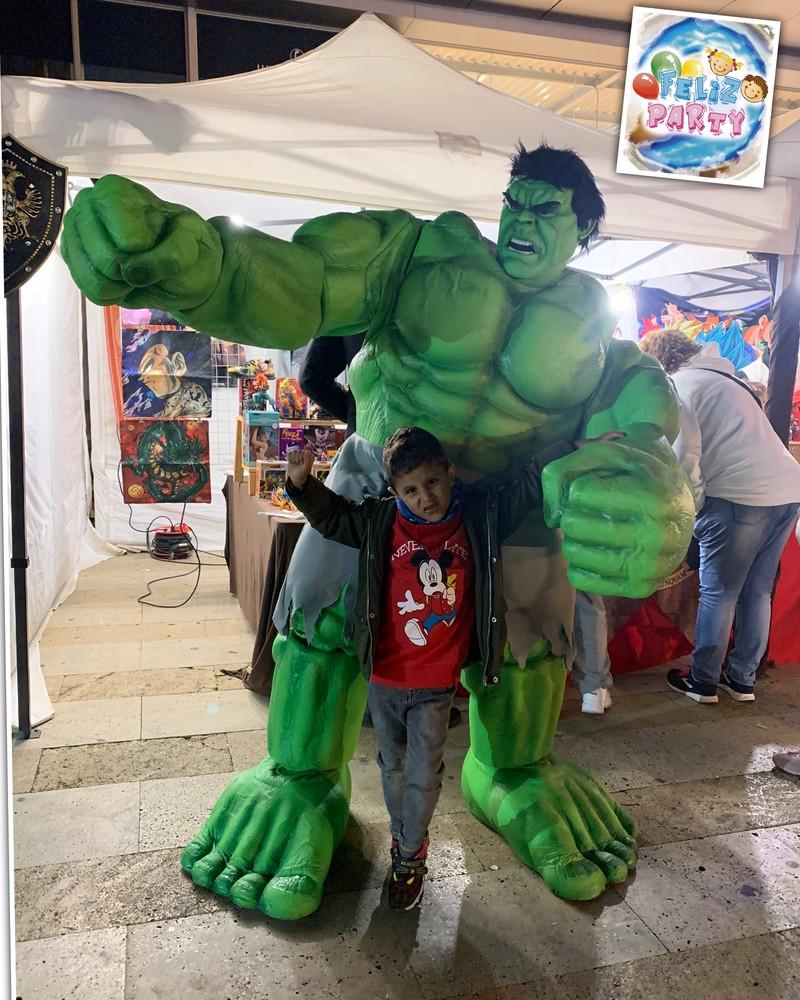 Hulk animación en grande