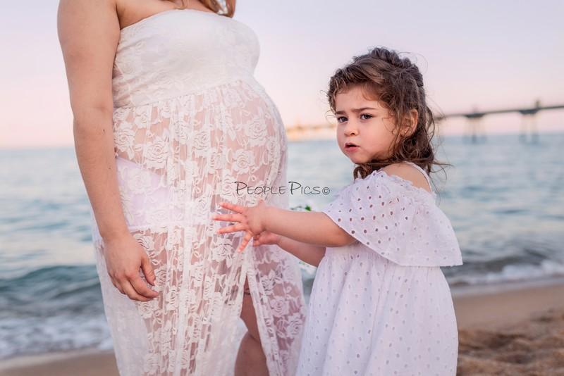 Sesión familiar y maternidad exterior