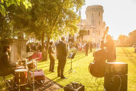 Standart Eventos presta servicio en la subcategoría de Grupos de Jazz en Madrid