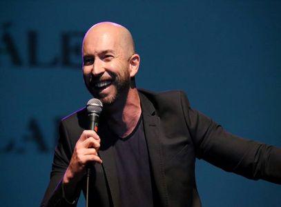 Alex Salaberri... Monologuista, animador y presentador de eventos presta servicio en la subcategoría de Monologuistas, cómicos y humoristas  en Madrid