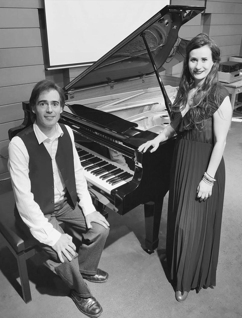 Dúo de Cantante Soprano Lírica y Piano