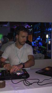 DAFER DJ presta servicio en la subcategoría de Djs en Vizcaya