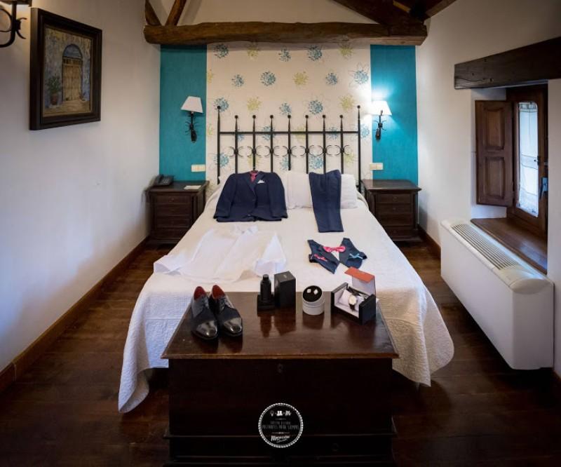 Hotel - Vestuario novio