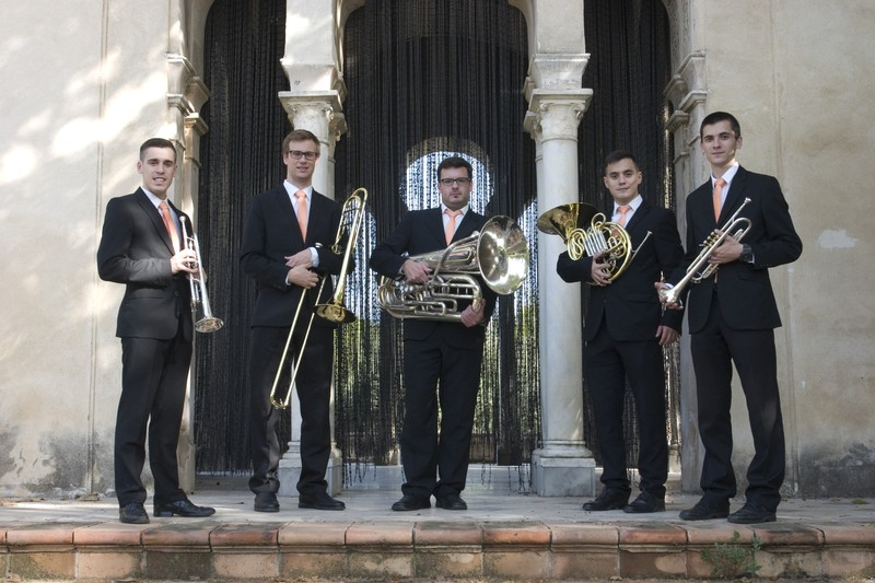 Air Brass Quintet - Uniforme Corbata