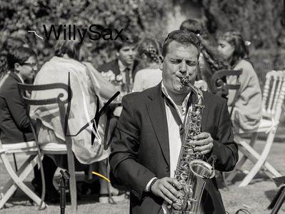 Saxofonista para Bodas presta servicio en la subcategoría de Grupos de Jazz en Sevilla