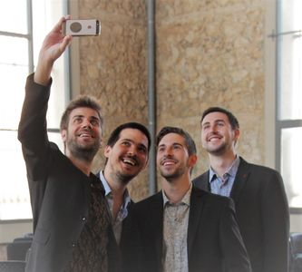 Quartet minvant presta servicio en la subcategoría de Grupos de Jazz en Barcelona
