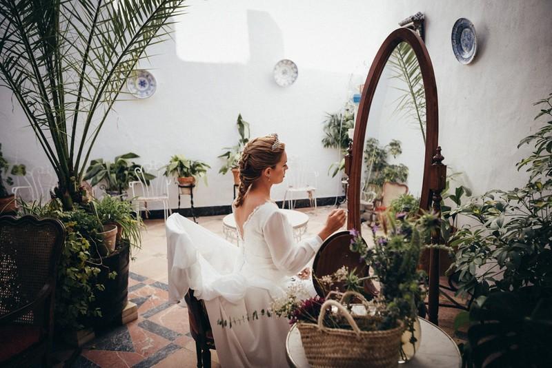 La novia preparándose