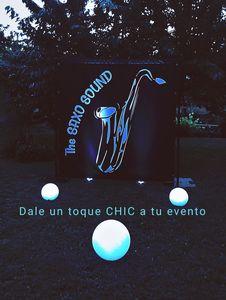The Saxo Sound presta servicio en la subcategoría de Orquestas, cantantes y grupos en Madrid