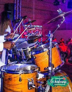 Orquesta Salsa Dakokan presta servicio en la subcategoría de Orquestas, cantantes y grupos en Córdoba