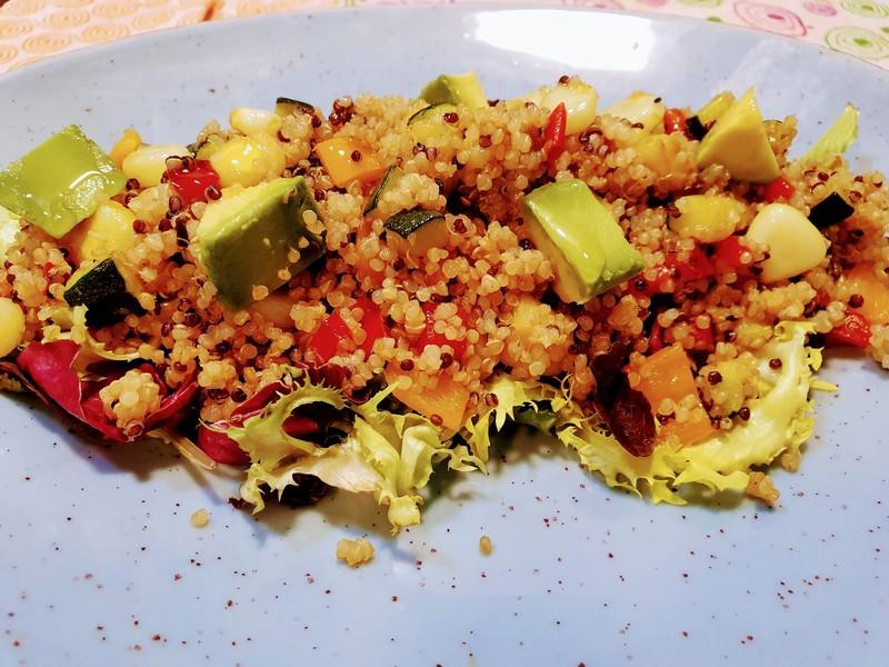 Ensalada quinoa real