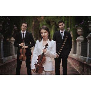Trio Concuerda. Música para bodas y eventos presta servicio en la subcategoría de Música clásica, Ópera y Coros en Valencia