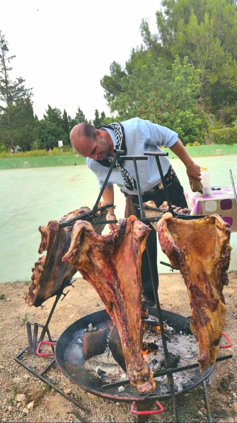 Vacio y Costillar de ternera a la estaca