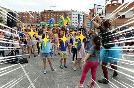LA FELICIDAD DE CELEBRAR presta servicio en la subcategoría de Animadores infantiles en Vizcaya