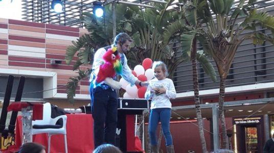Mago Fernando presta servicio en la subcategoría de Magos para niños en Sevilla