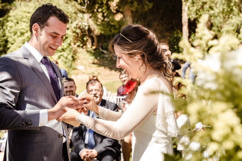 Fotografía natural, cálida y emotiva de bodas