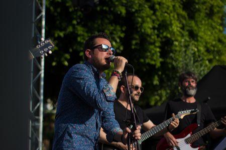 Roy Conejo presta servicio en la subcategoría de Grupos de Rock y Pop en Murcia