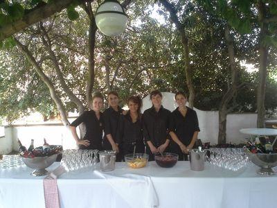 Buenos Fuegos presta servicio en la subcategoría de Catering en Barcelona