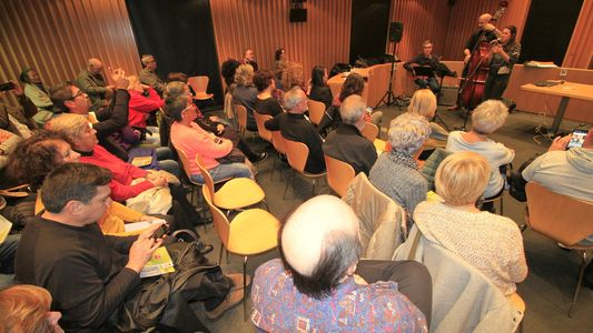 Essential Feel presta servicio en la subcategoría de Grupos de Jazz en Girona