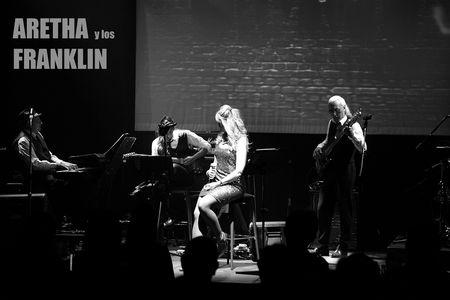 ARETHA Y LOS FRANKLIN presta servicio en la subcategoría de Grupos de Jazz en Alicante