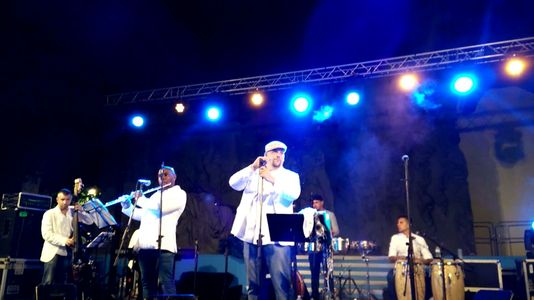 Música en Vivo presta servicio en la subcategoría de Orquestas, cantantes y grupos en Santa Cruz de Tenerife