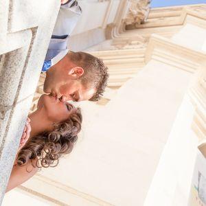 Jesús Rubio Fotografo presta servicio en la subcategoría de Fotógrafos de bodas en Madrid