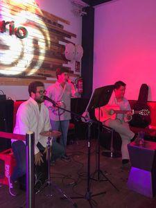 Grupo Trasteando presta servicio en la subcategoría de Flamenco y Coros Rocieros en Sevilla