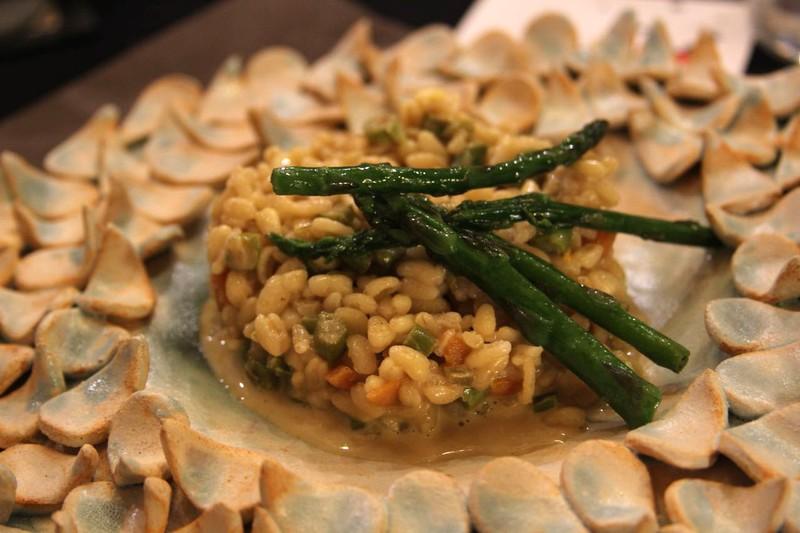 Falso risotto de trigo, coco y trigueros