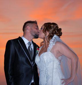 LBH Fotografia presta servicio en la subcategoría de Fotógrafos de bodas en Murcia