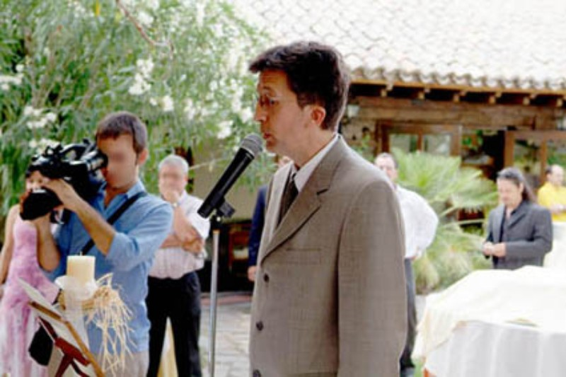 Oficiante-Maestro de ceremonia