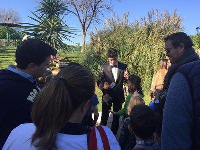 Domi Adamu presta servicio en la subcategoría de Magos en Sevilla