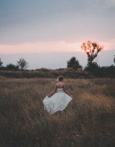 AKG PHOTOGRAPHY presta servicio en la subcategoría de Fotógrafos de bodas en Valencia
