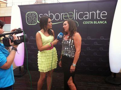 Rosa Dominguez Spiteri presta servicio en la subcategoría de Orquestas, cantantes y grupos en Alicante