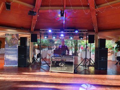 Dj Genny Events presta servicio en la subcategoría de Djs en Tarragona