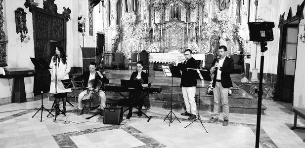 Atrium bodas presta servicio en la subcategoría de Música clásica, Ópera y Coros en Sevilla