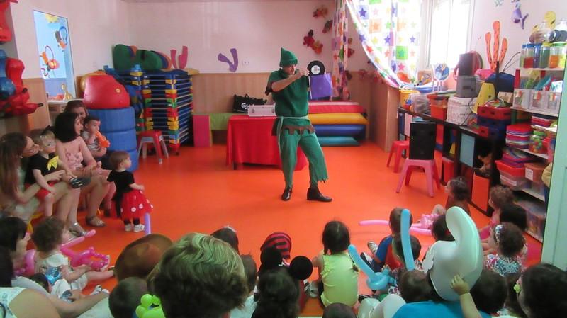 Cuenta cuentos mágico escuela infantil