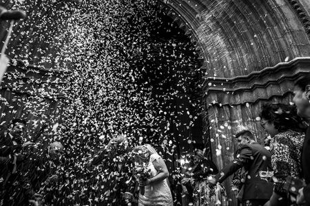 Toni Bazán Fotografía presta servicio en la subcategoría de Fotógrafos de bodas en Granada