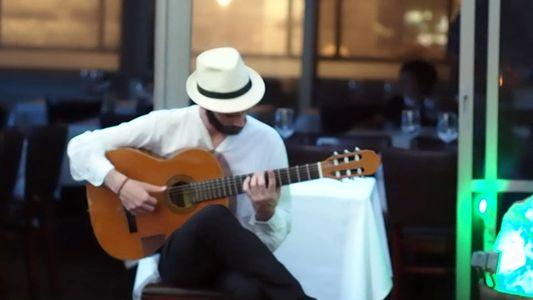 World Music Barcelona presta servicio en la subcategoría de Orquestas, cantantes y grupos en Barcelona