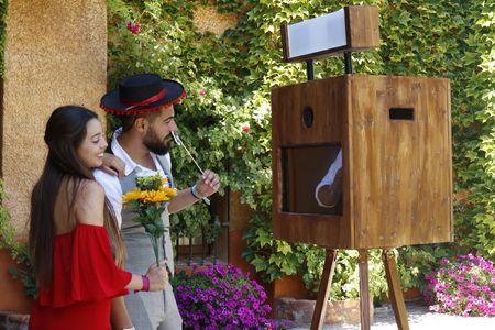 FUNPIC Fotomatón presta servicio en la subcategoría de Fotomatón y Photocall en Madrid