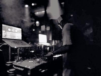 DJ A-Yo presta servicio en la subcategoría de Djs en Las Palmas