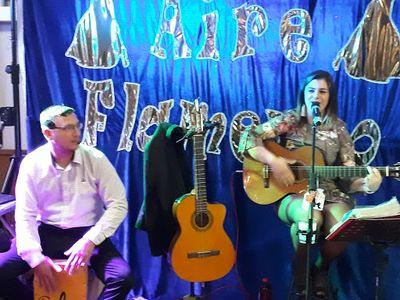 Aire Flamenco presta servicio en la subcategoría de Flamenco y Coros Rocieros en Málaga
