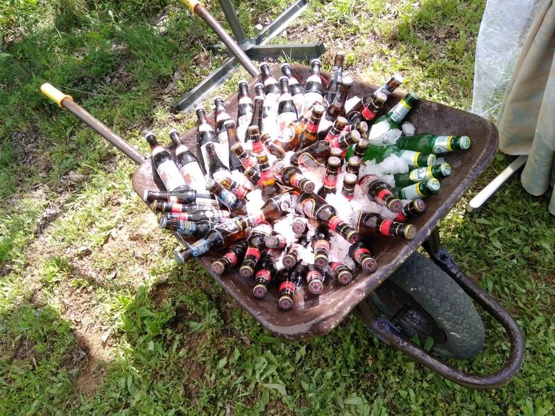 Carretilla de cervezas frías
